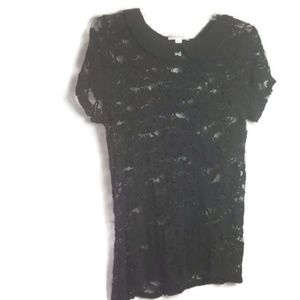 Tops - Black shirt sleeve lace blouse